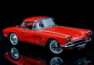 1962 Chevrolet Corvette Diecast 124 Scale Red w/FREE Display
