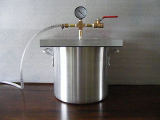 10 Gallon Vacuum Chamber With 6 CFM Vacuum Pump (New)
