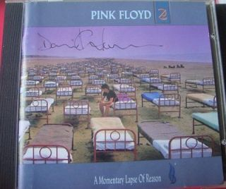 DAVID GILMOUR SIGNED PINK FLOYD CD MOMENTARY LAPSE OF REASON LOOK