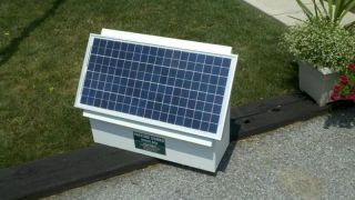 30Watt Solar Electric Fence Charger Energizer Shock Box★