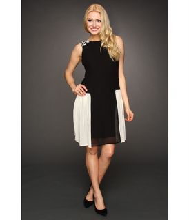 Jessica Simpson Sleeveless Sweetheart Lace Neckline Dress with Piping