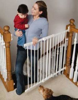 New Kidco G22 G2100 Baby Safety Stair Gate Angle Mount White Free