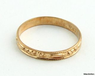 Floral Ring   Vintage 10k Yellow Gold Baby Flower Band Estate Ring