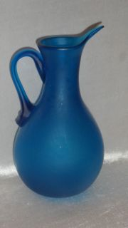 VINTAGE BLENKO FROSTED BLUE BLOWN GLASS PITCHER W APPLIED HANDLE THIN
