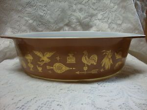 Vtg Pyrex Early American Eagle 2 1 2 Qt Oval Casserole Dish