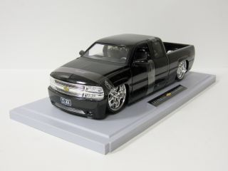 2003 Chevy Silverado Diecast Model Truck Jada Dub City 1 18 Scale