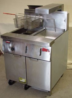 Frymaster Deep Fat Fryer with Heated Dump Station Filter Magic