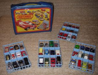 Lot Vintage Matchbox Lesney Hot Wheels Carry Case Bus Motorcycle Cars