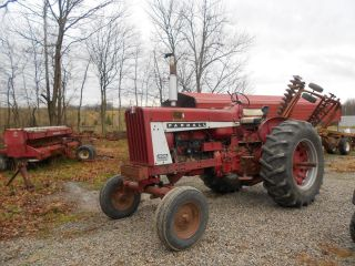 806 International Farmall Farm Tractor