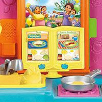 Fisher Price Dora The Explorer Talking Fiesta Favorites Kitchen