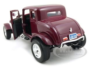 model of 1932 ford coupe die cast model car by motormax has steerable