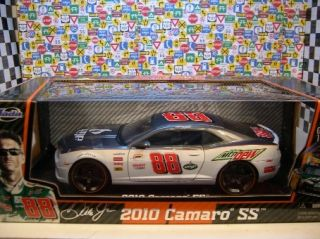 Jada 1 18 Dale Earnhardt Jr Commemorative 2010 Camaro