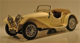 Franklin Mint 124 Scale, 1938 Jaguar SS 100 Convertible   White