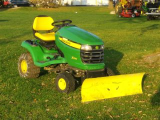 Used John Deere X300 Riding Lawn Mower with 44 Snow Blade and Tire