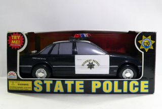 Funrise State Police Series California Highway Patrol Police Car w