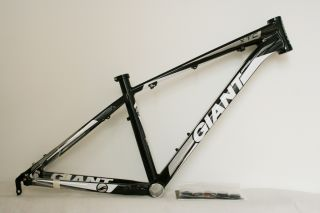 2012 Giant XTC Fr MTB Frame Alloy Material Black White Silver 16