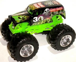 Grave Digger 30th Anniversary 1 64 Scale Hot Wheels Monster Jam Truck