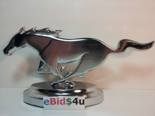 Table Top Ford Mustang Pony Horse Grill Emblem Garage Man Cave