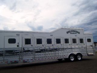 2011 Bloomer Evolution 7 Horse Trainer Special Horse Trailer