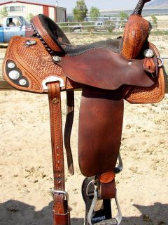Modern Lynn McKenzie Barrel Racing Saddle Double J Saddlery14 1 2 seat