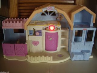 Fisher Price Sweet Streets Riding Stable Electronic Lights Radio Etc